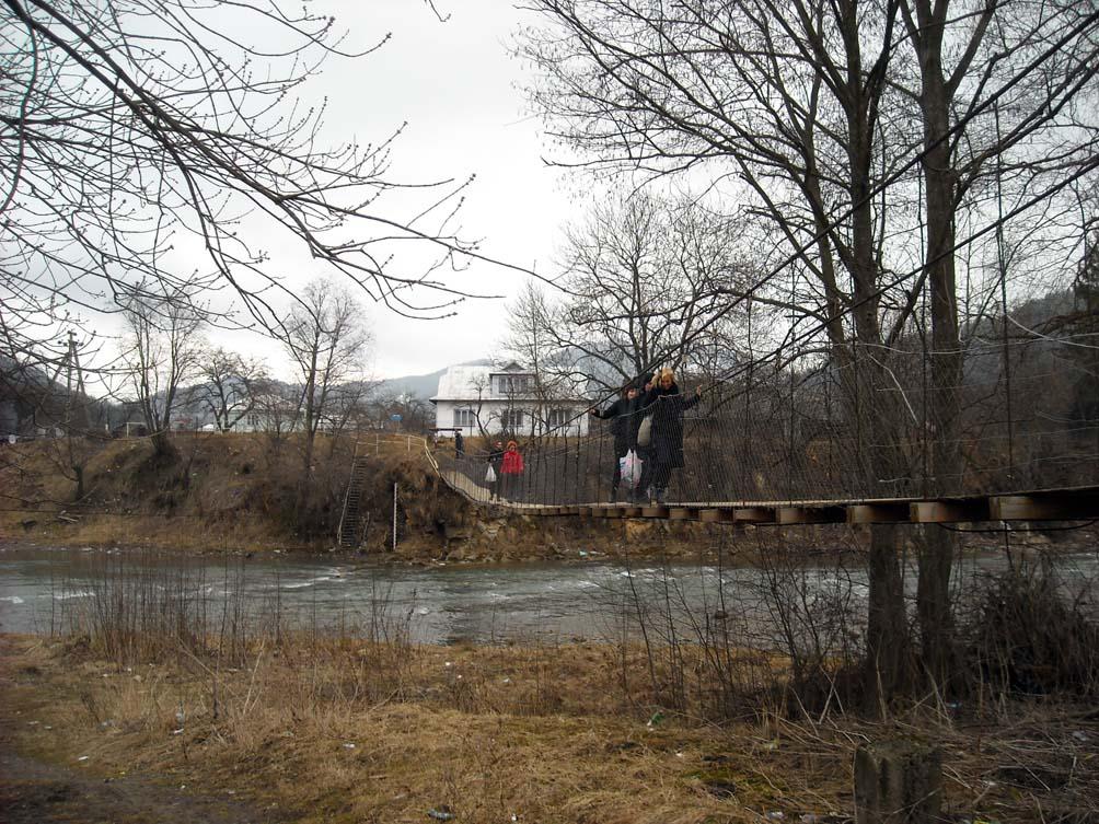 По мосту без снега