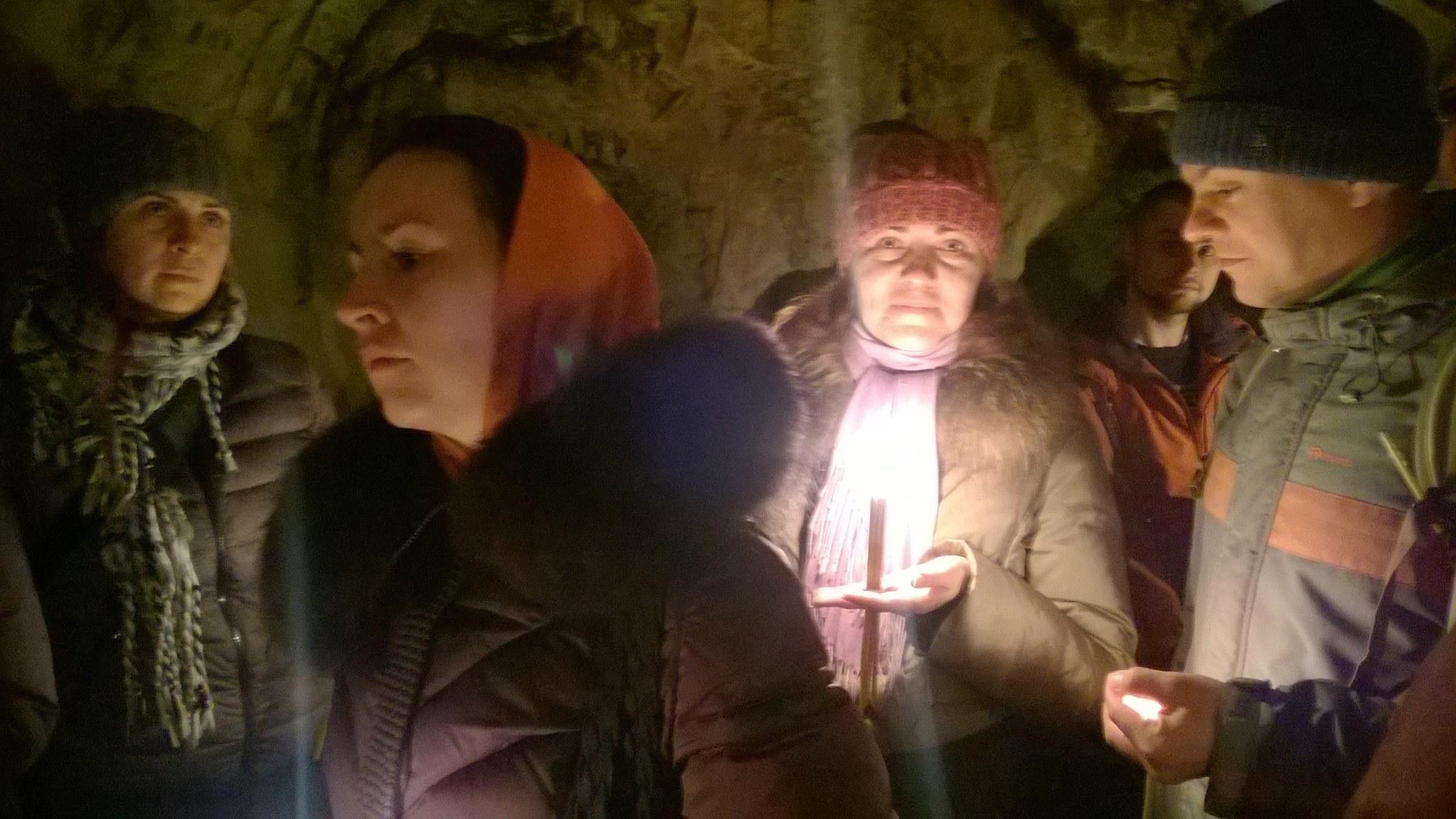 В пешщере Церковщина