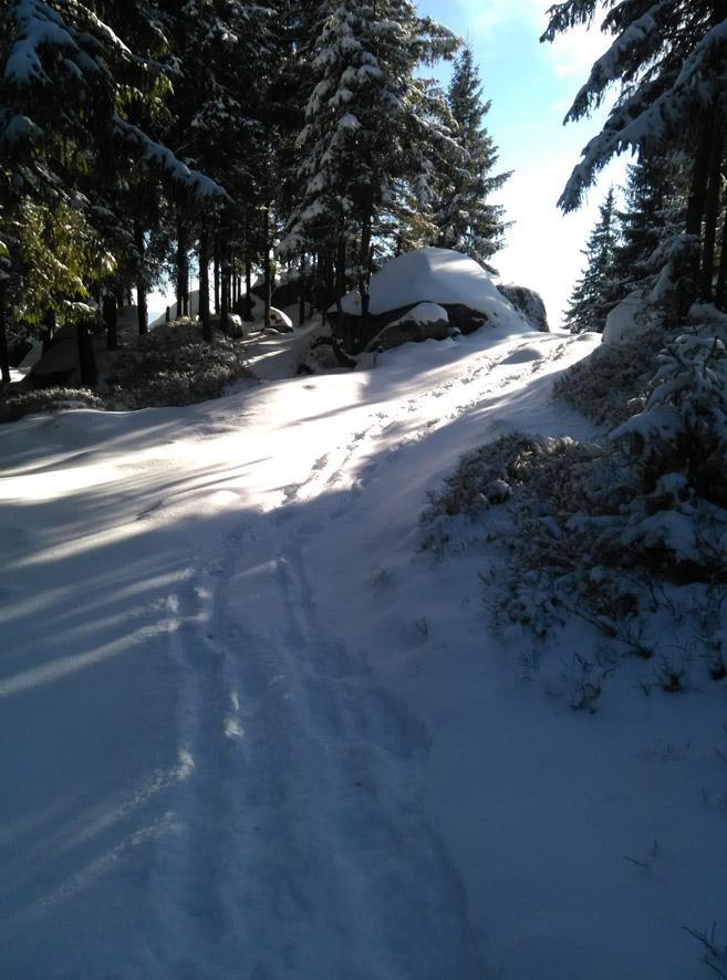 дорога к Пысаному камню